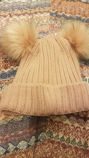 New warm pink hat for Sale in Vista, CA