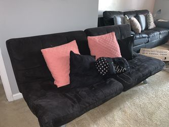 Futon couch / bed for Sale in Stone Mountain,  GA