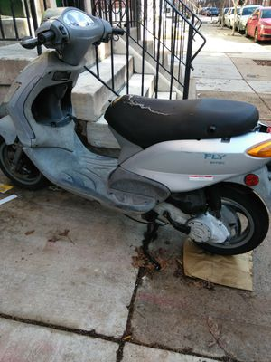 Moped doesn't turn on selling for parts for Sale in Philadelphia, PA