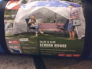 Screened in tent cover for Sale in New Port Richey, FL