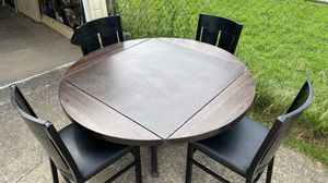 Awesome table 100% wood for Sale in Cleveland, OH