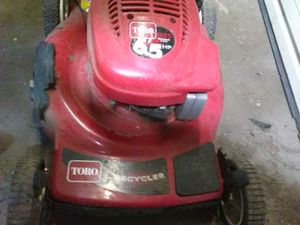 Toro self propelled runs perfectly for Sale in Syracuse, UT