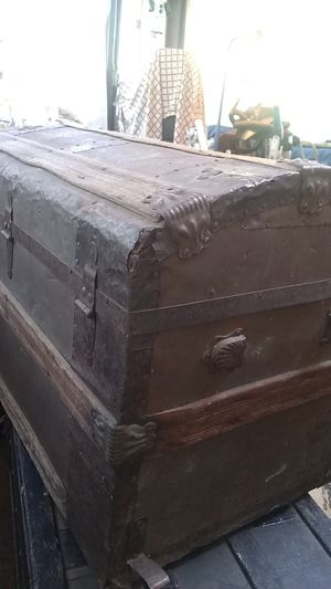Antique round top chest for Sale in Payson, AZ