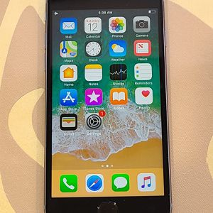 Apple iPhone 6S 64GB Space Gray for Sale in Queens, NY