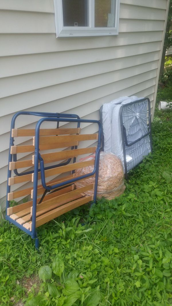 Free folding bed beds