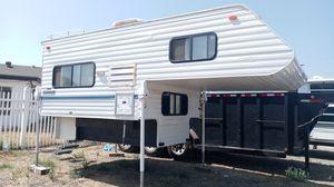 Lance super lite. 8foot bed for Sale in Riverside, CA
