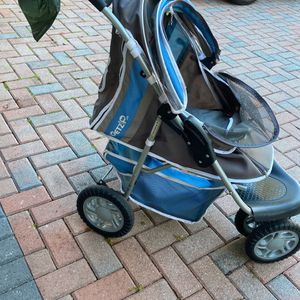 Pet Stroller For Small Dogs for Sale in Land O Lakes, FL