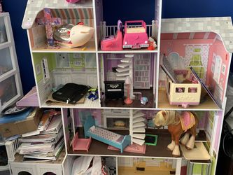 Free Doll House From Costco for Sale in San Jose,  CA