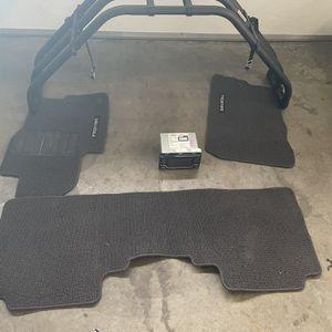 Nissan Frontier Xterra Parts, Stereo Bed Extender, Floor Matt's for Sale in Redmond, WA
