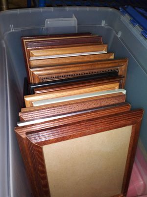 Various 8 x 10 picture frames - (18 Total) for Sale in Franklin Park, IL
