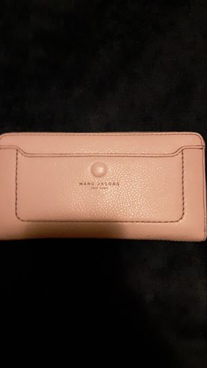 Marc Jacobs wallet for Sale in Tulalip, WA