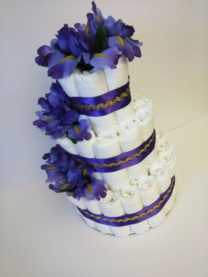 Diaper Cakes Large (Different Colors) Purple & Gold, Red & Silver, Yellow & White, Orange & Gold for Sale in Cape Coral, FL
