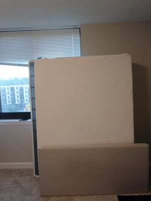 Full sized lucid mattress with frame and box spring for Sale in Washington, DC