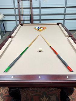 Pool Table (With Delivery) for Sale in Fresno,  CA