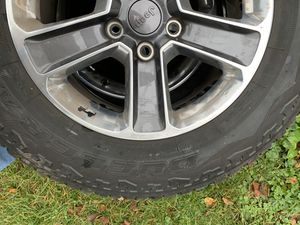 Jeep Wrangler Tires and Wheels with tpms and lugnuts for Sale in Plaistow, NH