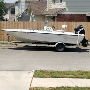 Fish Master 19 Ft Center Console Fishing Boat for Sale in Randolph Air Force Base, TX