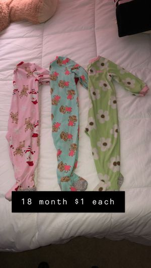 Baby toddler pijamas $1 for Sale in Fort Worth, TX
