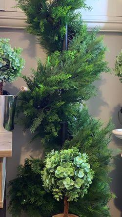Small Artificial Topiary Trees Farmhouse Decor for Sale in Fullerton,  CA