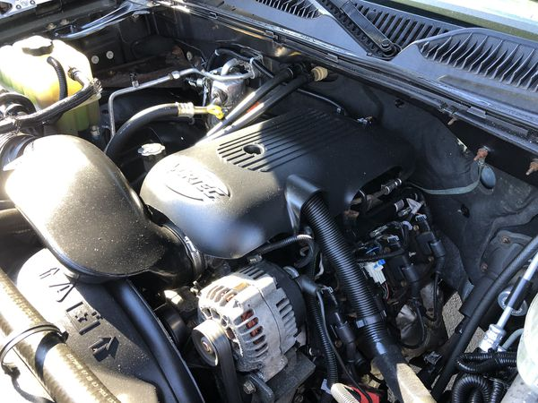2005 CHEVY SILVERADO 2500 SERIES CREW CAB 4x4, fully restored , $19500