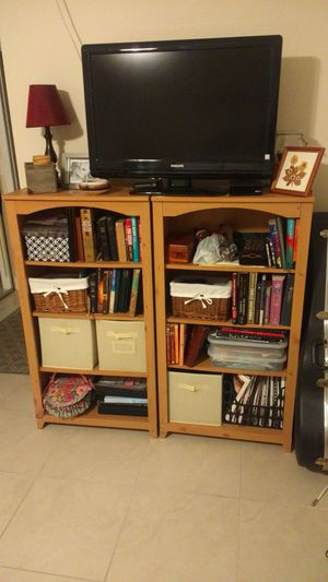 Bookshelves - Set of 3 for Sale in Tamarac, FL