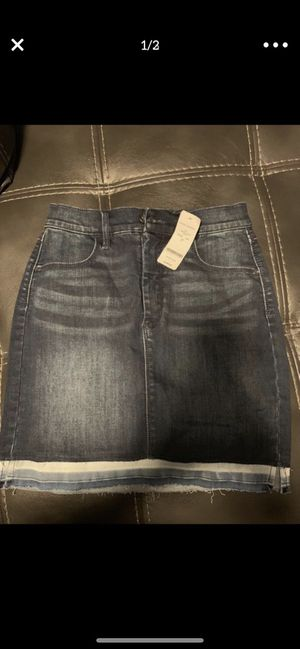 Skirt size 27 brand BEBE for Sale in Grand Prairie, TX