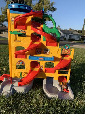 Fisher-price Little People car maze for Sale in Riverside, CA