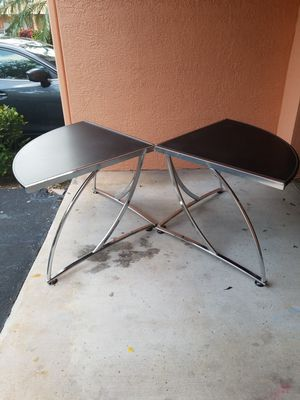 """Two Stunning Modern Chrome Weatherproof Accent Tables that are in Excellent condition! Dimensions: 54""""W x 38""""D x 29""""H for Sale in Boca Raton, FL"""