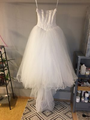 Wedding dress for Sale in Mill Creek, WA