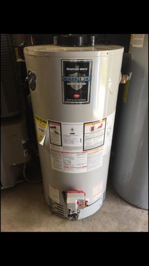 Bradford White 50 gallon propane water hearer for Sale in Royal Oak, MI