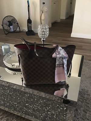 Louis Vuitton never full MM Bag for Sale in Anaheim, CA