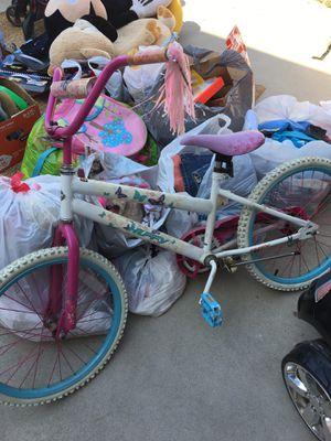 Huffy girls bike for Sale in Chula Vista, CA