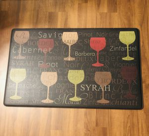 "Anti Fatigue Kitchen or Entry Floor Mat. Great for while cooking or doing dishes. 32""x20"" for Sale in Fort Myers, FL"