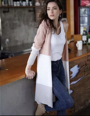 New grey or pink cardigan for Sale in Las Vegas, NV