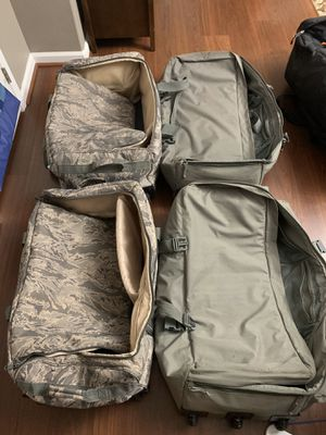 Duffle bags for Sale in North Las Vegas, NV