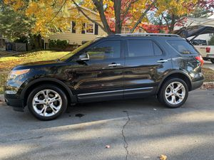 Ford Explorer Limited with Park Assist and Two Tone Interior for Sale in North Bethesda, MD