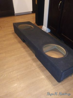 """Dual Ported 2×12"""" subwoofer box for sale. for Sale in Anaheim, CA"""