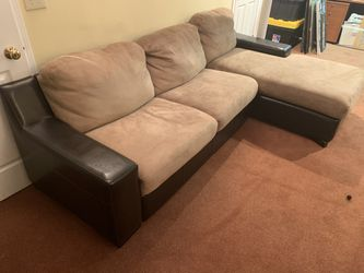 Leather Sofa Chaise combination for Sale in Solon,  OH