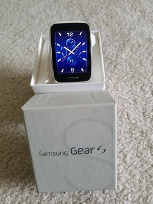 Samsung Galaxy Gear S SM-R750 Curved Super AMOLED Smart Watch for Sale in South River, NJ