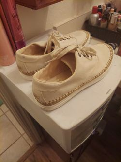 Brand New Size Ladies 9 Ugg Tennis Shoes for Sale in Edmond,  OK