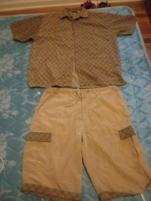 Gucci outfit pay 1400 clean XL for Sale in Wyoming, OH