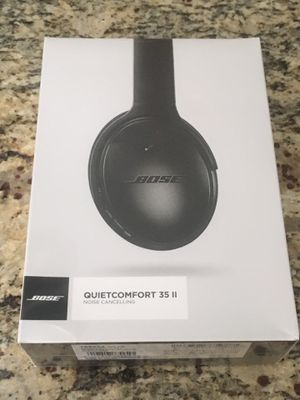 NEW BOSE QUIETCOMFORT 35 II (Factory Sealed) for Sale in Franklin, MA