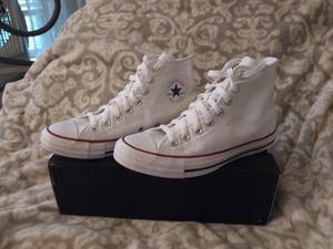 White Converse / unisex for Sale in Hagerstown, MD