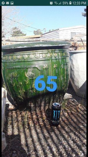 Flower pot XL for Sale in Las Vegas, NV