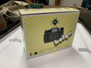 Holga 120 Medium Format lo-fi Point & Shoot Film Camera w/Flash for Sale in Grayslake, IL