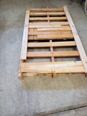 Wood pallet... free for Sale in Cary, NC