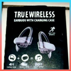 NEW! Bluetooth TRUE WIRELESS Earbuds Headphones WITH Fancy Charging CASE! 20 Hours! GREAT QUALITY! GREAT SOUND! BEST For MUSIC! Movies! Games! Calls! for Sale in Mesa, AZ