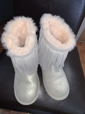 Girls Uggs Boots Fringe for Sale in Naperville, IL