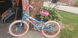 "Girls Huffy 20"" bike for Sale in Grandville, MI"