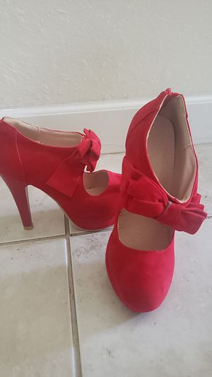 Red high heel shoe size 5 or 34 for Sale in Miami, FL