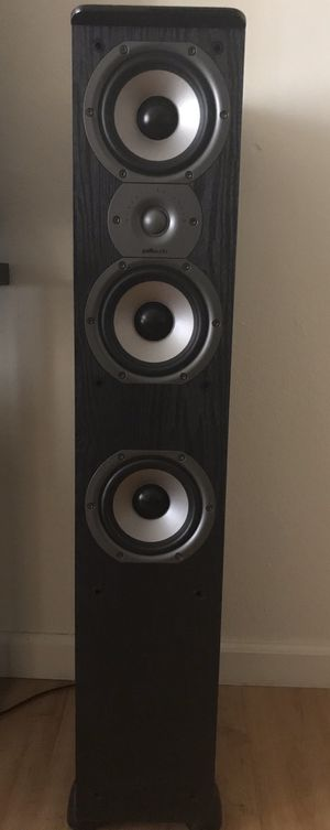 Polk Speaker tower W/ subwoofer and receiver for Sale in Anaheim, CA
